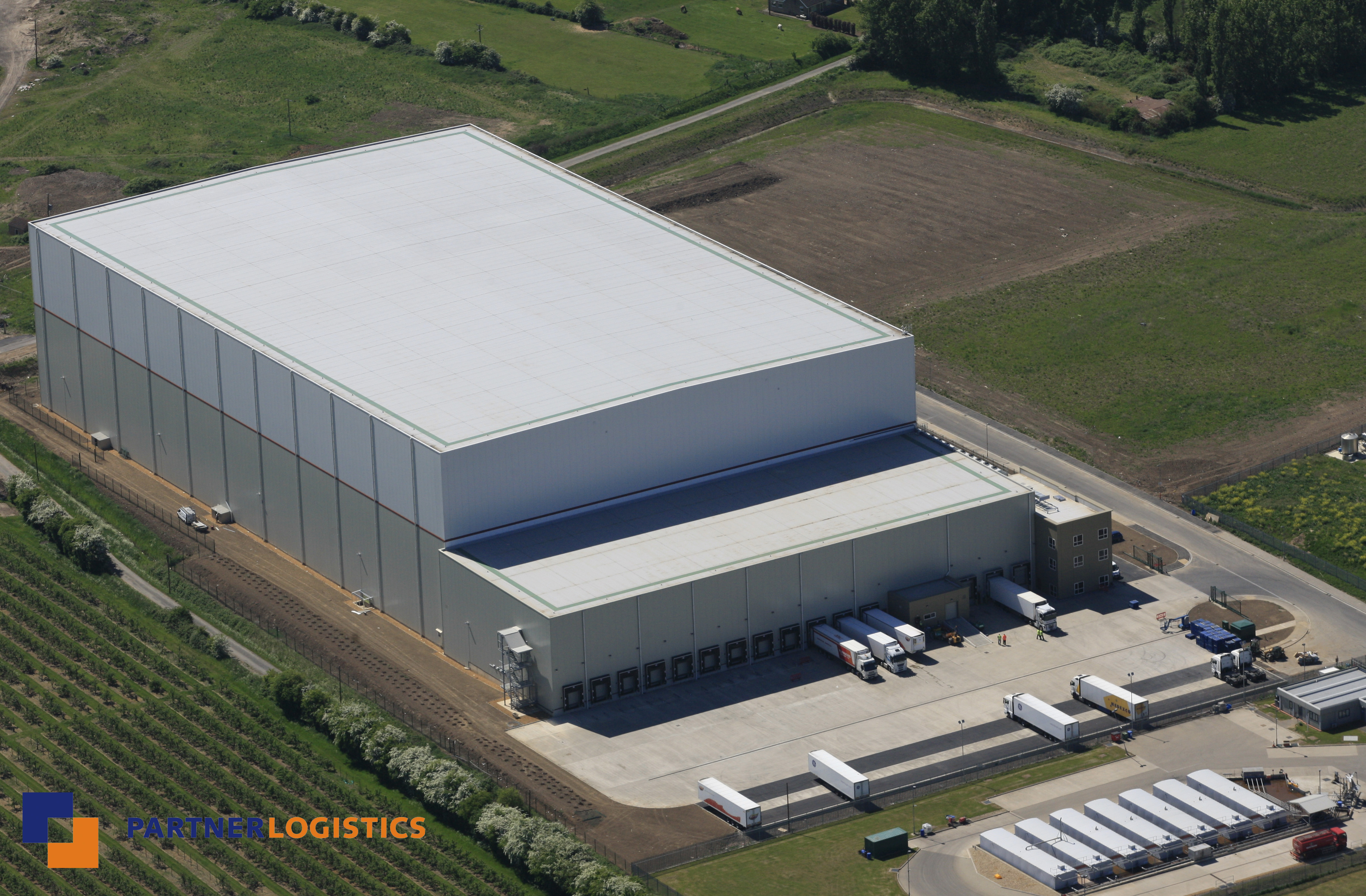 E & Partner Logistics signs two-year deal with Dawn Foods | www ...